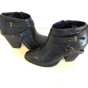 Dolce Vita - Black Leather Booties